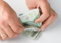 Średnia płaca po uwzględnieniu małych firm