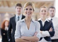 Firma w rękach kobiety: przedsiębiorczość, obawy, szanse