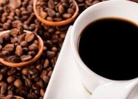 Biznes w kawie i herbacie – wydatki reklamowe producentów