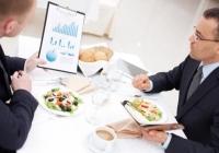 Kolacja biznesowa – można ją wrzucić w koszty