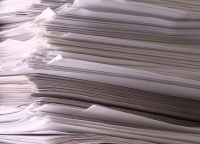 Księgowość w małej firmie: nowy etat czy biuro rachunkowe?