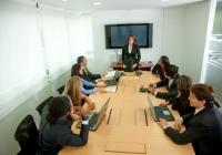Firmy tracą czas i pieniądze na nieskutecznych spotkaniach