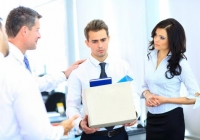 Czasowe umowy o pracę mają wpływ na spowolnienie gospodarki